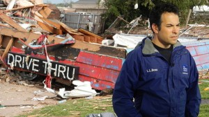Weather Channel National Correspondent Dave Malkoff reporting from the 2013 Moore, Okla., Tornado Disaster Zone. (Dave Malkoff via Wikimedia Commons)